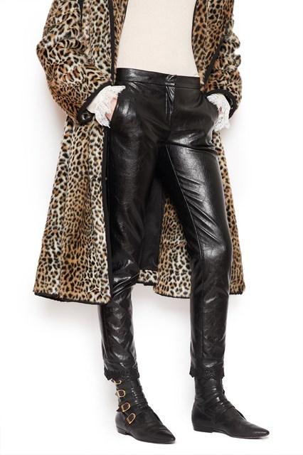 e6bf73b6816b Outlet Abbigliamento Donna - Acquista online su julian-fashion.com