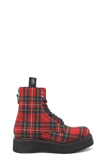 R13 check combact boots