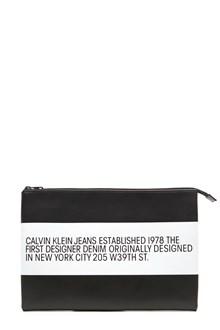 Calvin Klein Jeans Est. 1978 pochette logo